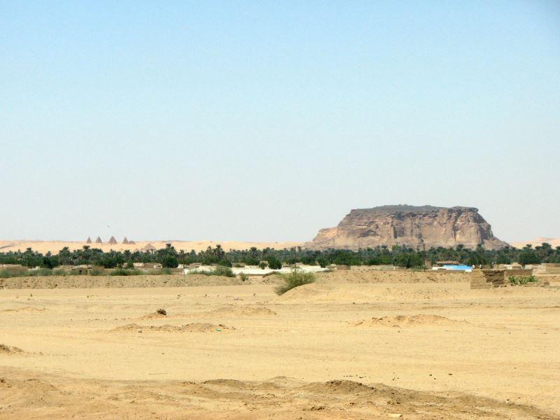 Der Barkalmountain in der Nähe von Wadi Halfa