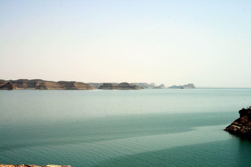 Die Landschaft rund um den Nassersee zieht Touristen an